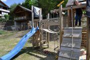 Kinderspielplatz-Rutsche-Lama-Paddock
